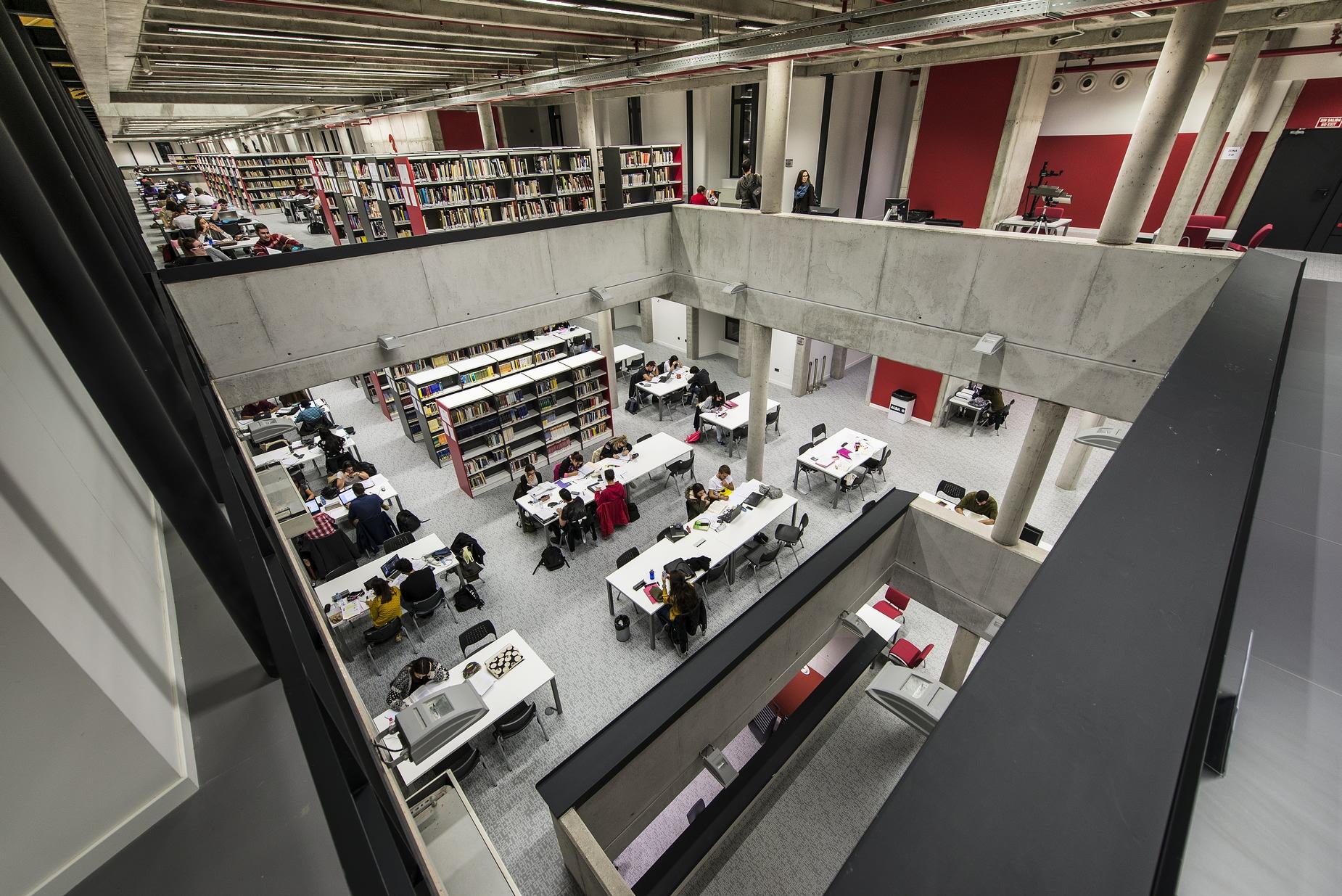 Biblioteca Universidad de Alcalá de Henares