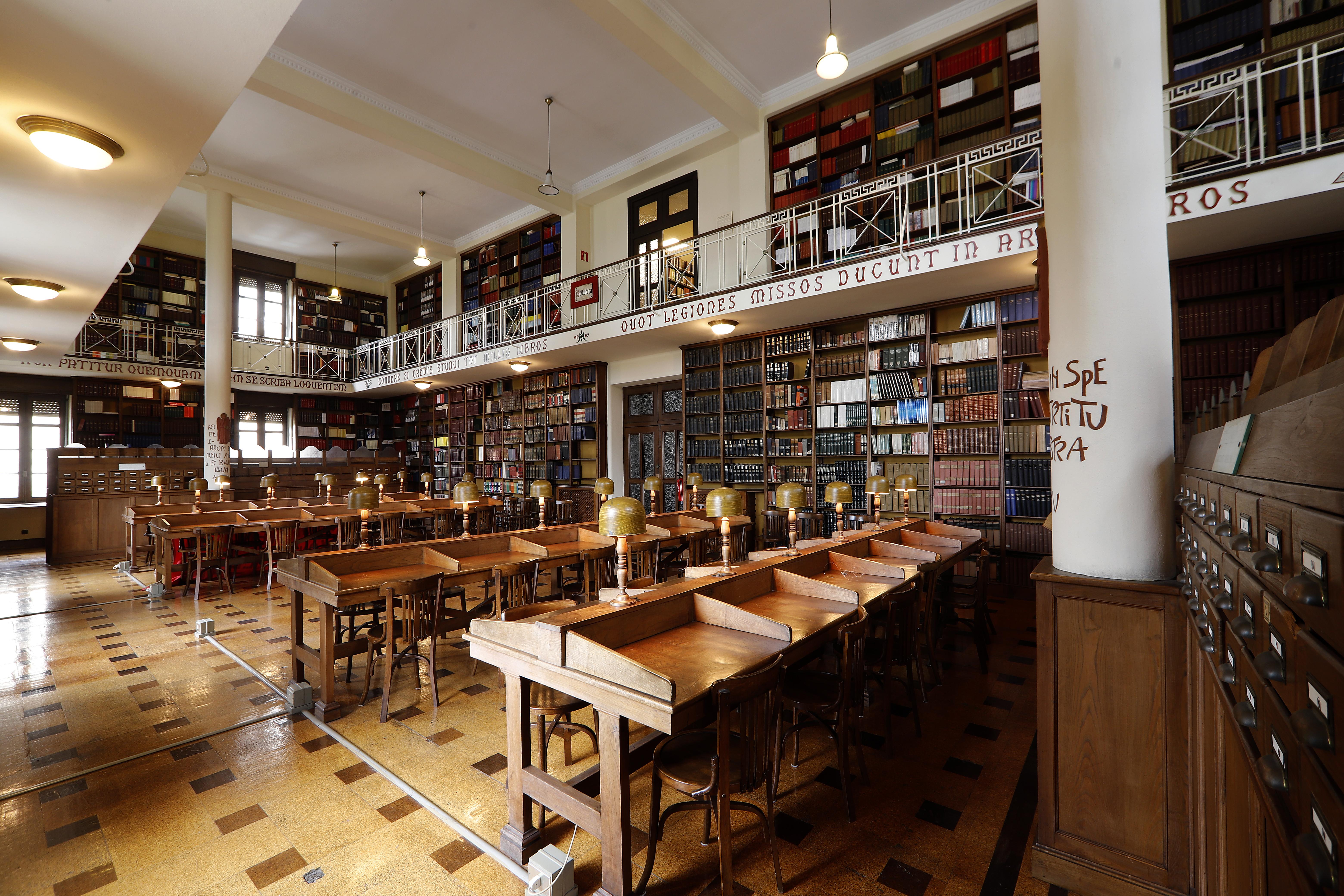 Biblioteca del Seminario Metropolitano de Oviedo