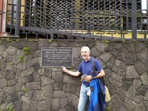 Manolo Sola en la Biblioteca Nacional de Costa Rica